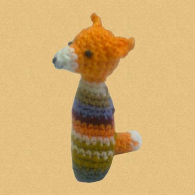 Вязанная лисичка